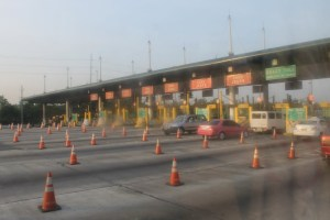 Kawit toll booth