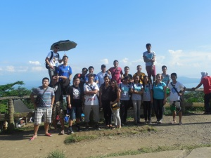 Group of missionaries at Tagatay overlook